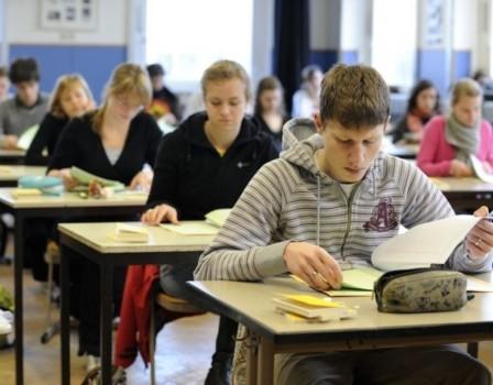 26мая выпускники 9-х классов сдают свой 1-ый экзамен