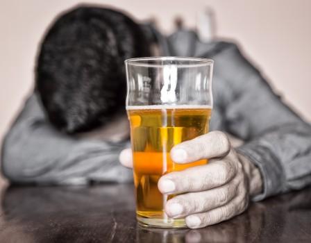 За 5 лет продажи алкоголя упали начетверть— Кировская область