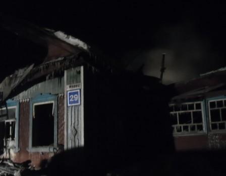 При пожаре наМопра пострадал хозяин дома