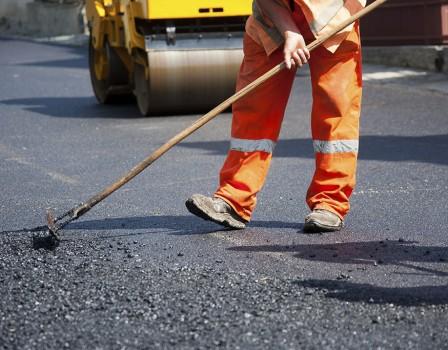 ВКировской области наремонт дорог рассчитывают получить неменее млрд. руб.